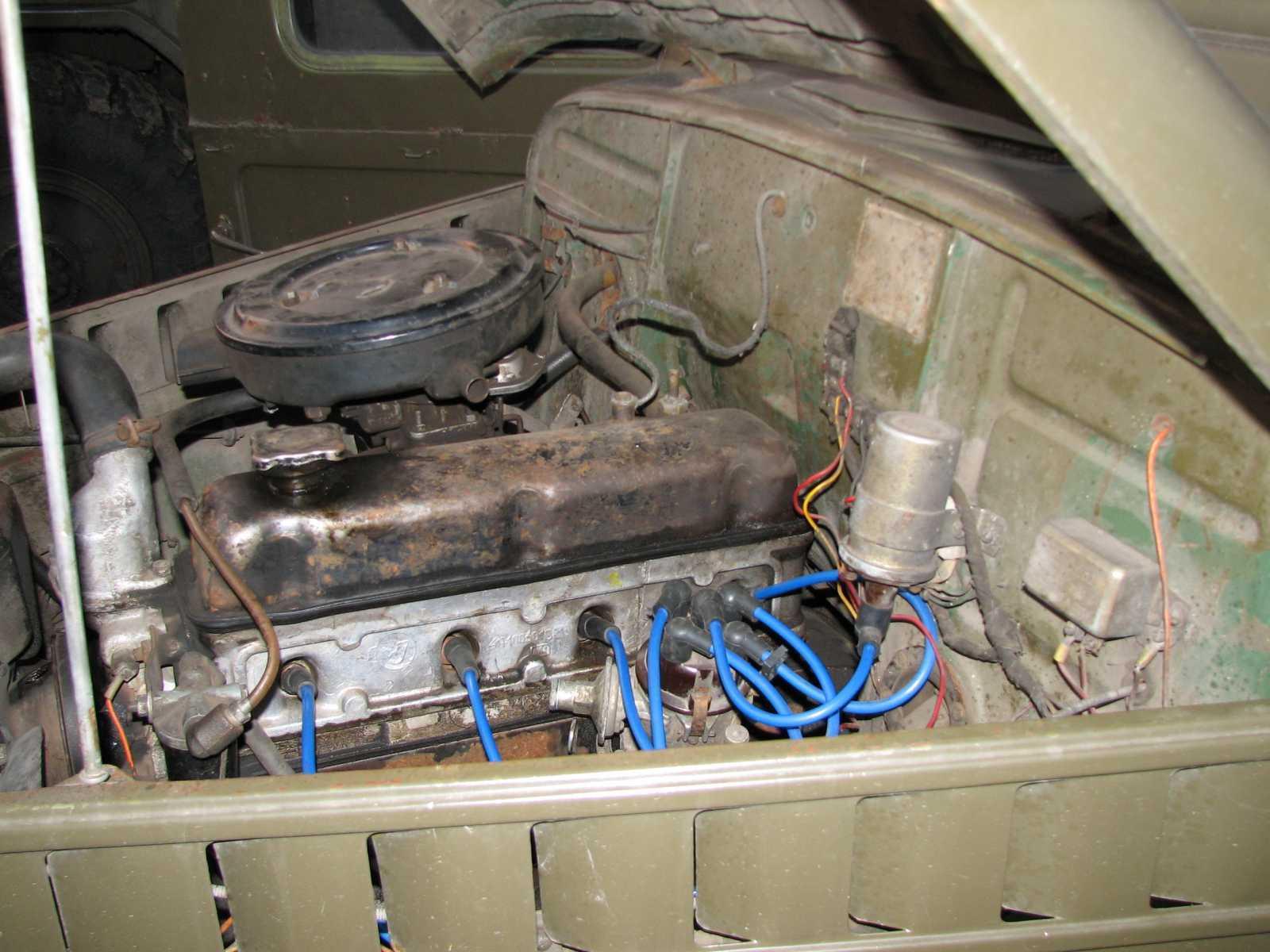 двигатель вроде 21й волги,когда гнал покупку-скорость выдал 95 км\ч