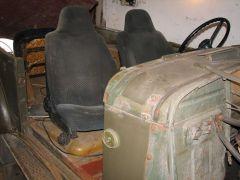 примерка сидений москвича