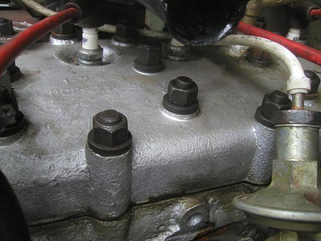 шайбы болтов жигулевской головки блока  под гайки шпилек.JPG