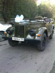откатались на свадьбе)))) конечно бантик нашей машине никак не идет........