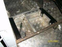 крепления под передния сиденья2