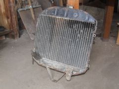 Радиатор, возможно москвич 408