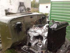 248 Радиатор родня, хотя и потрёпан жизнью на другом газоне