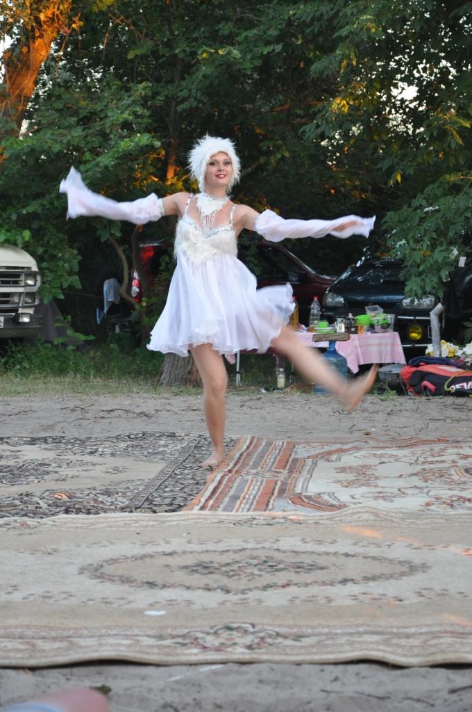 выступление в лагере на берегу  творческих коллективов города8