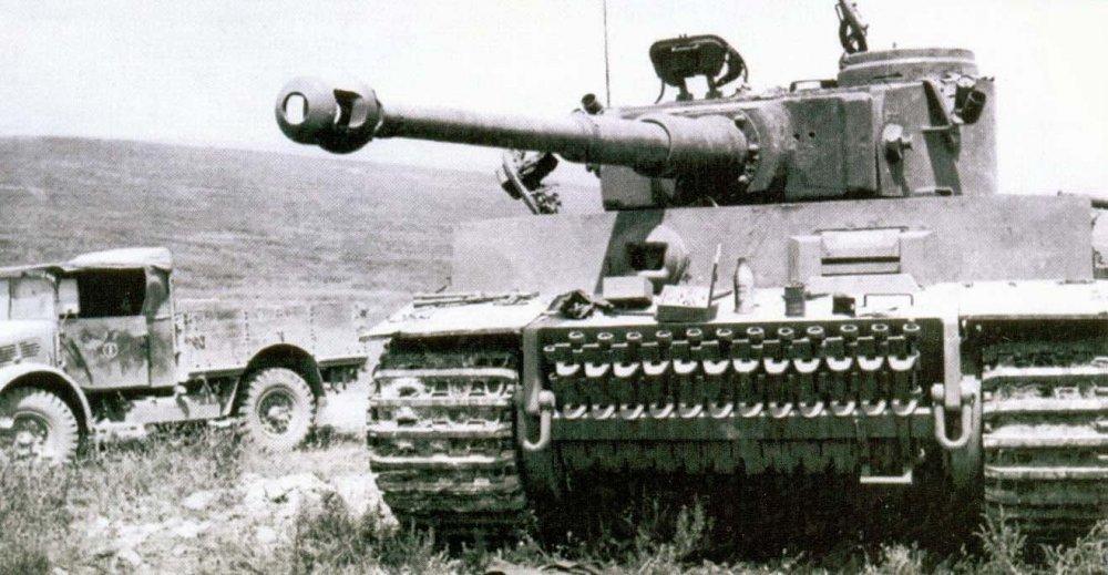 tanksdb.ru_tiger_28.jpg