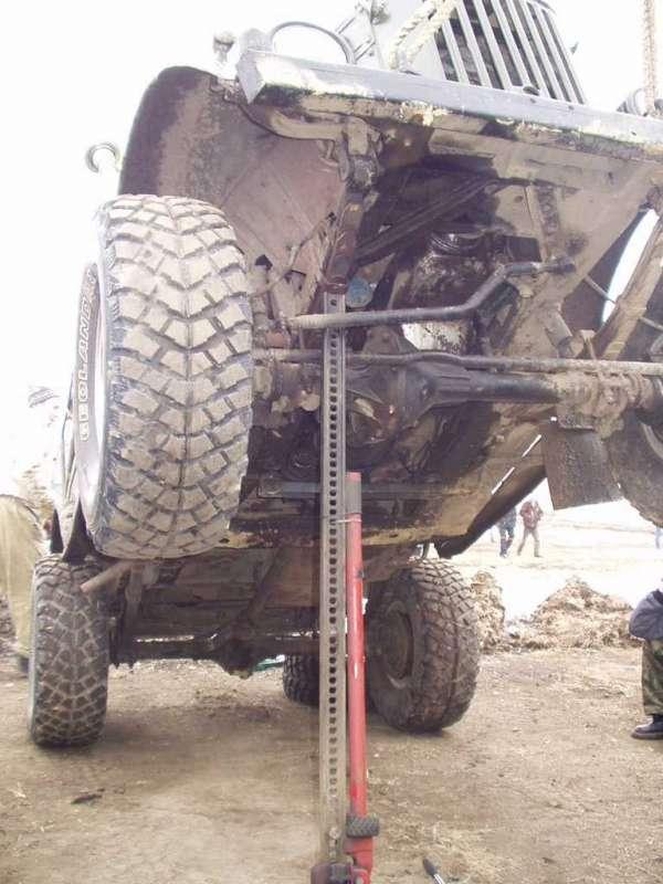 ГАЗ-69 - ремонт (вклинила блокировка)
