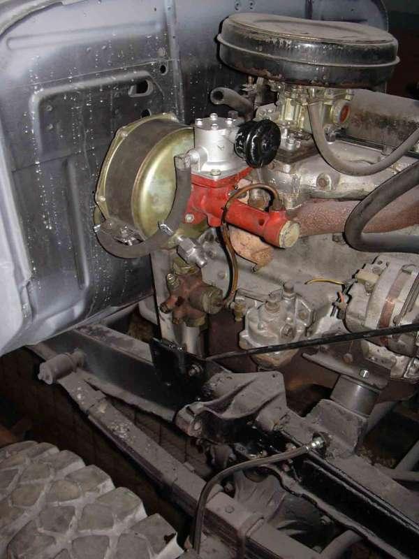 гидровакуумный усилитель и разделитель тормозов от ГАЗ-24