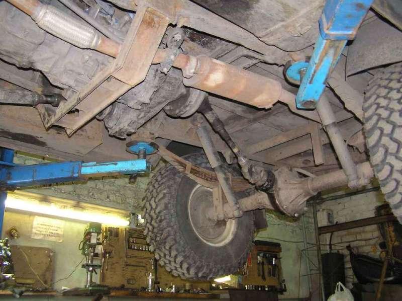 Коробка передач, ручник и задний кардан с мостом