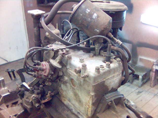 Двигатель М20