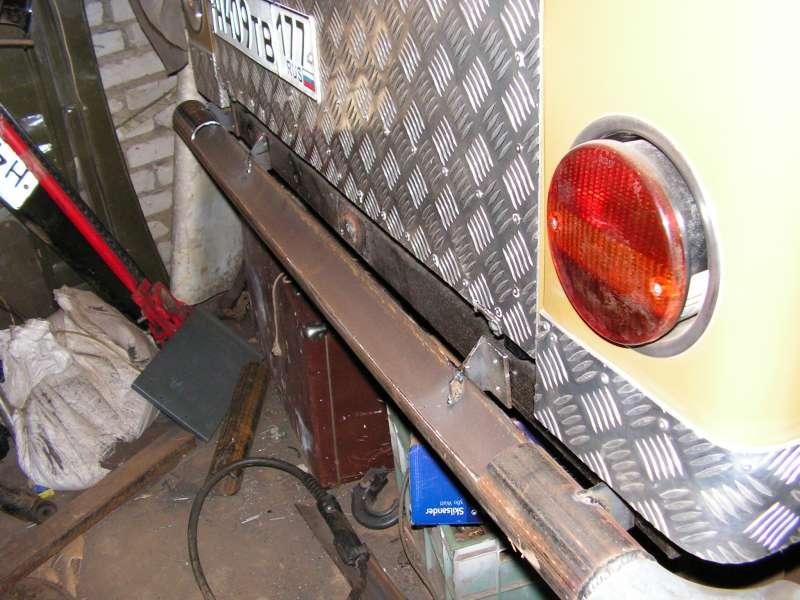 Задний бампер в процессе изготовления
