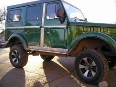 Подкрылки передние от ГАЗ 31029, задние от Нивы