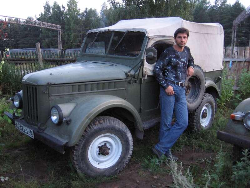 Это я,возле свой машинки..... Мы вместе с 1982года....